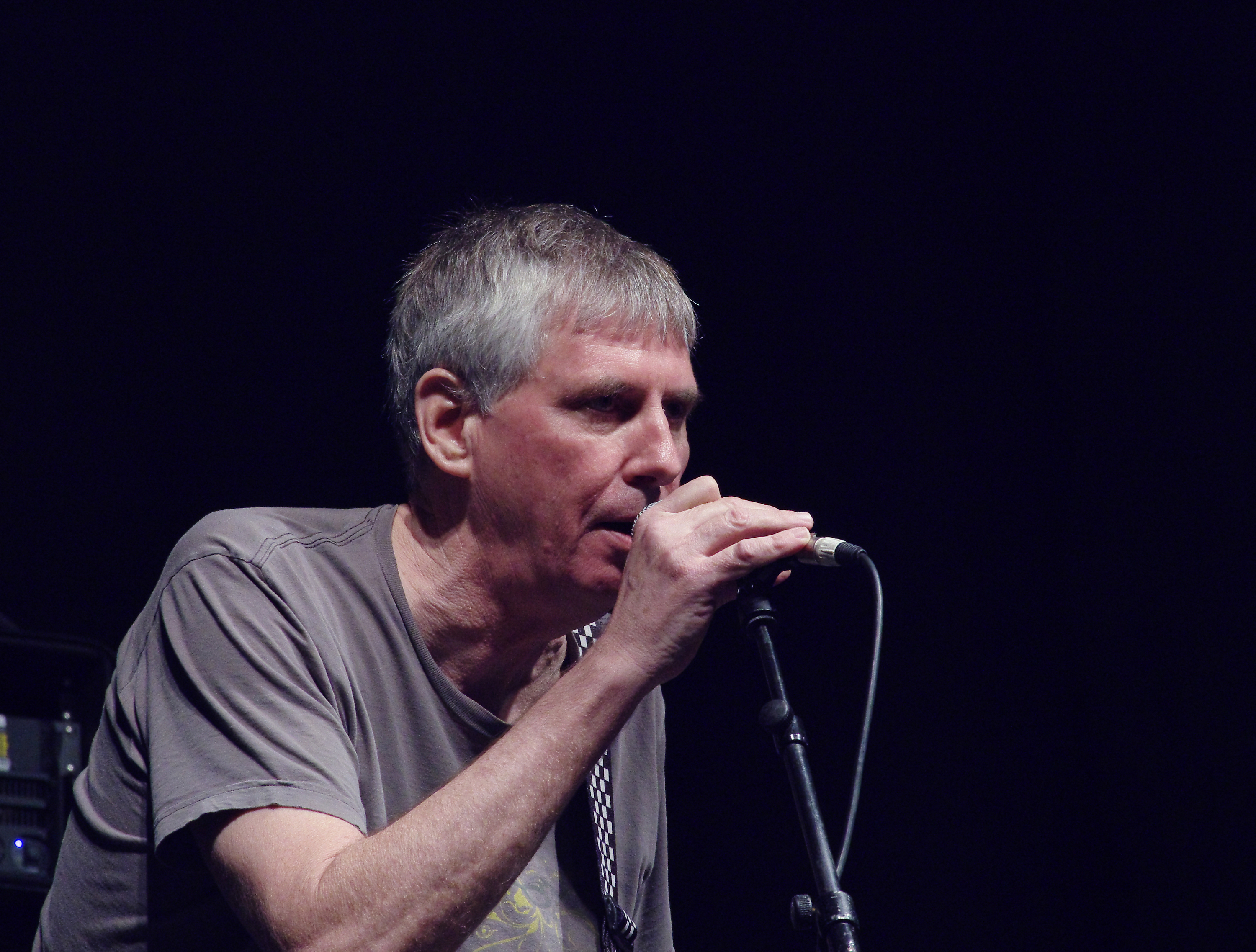 Greg_Ginn_(Black_Flag)_(Ruhrpott_Rodeo_2013)