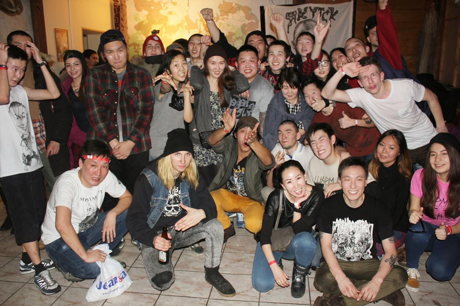 Пьяная в клубе 11 фотография