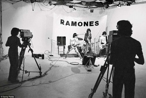 Рамонес-2